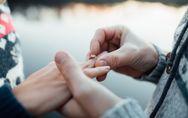 Diese 6 Dinge solltest du gleich nach der Verlobung tun