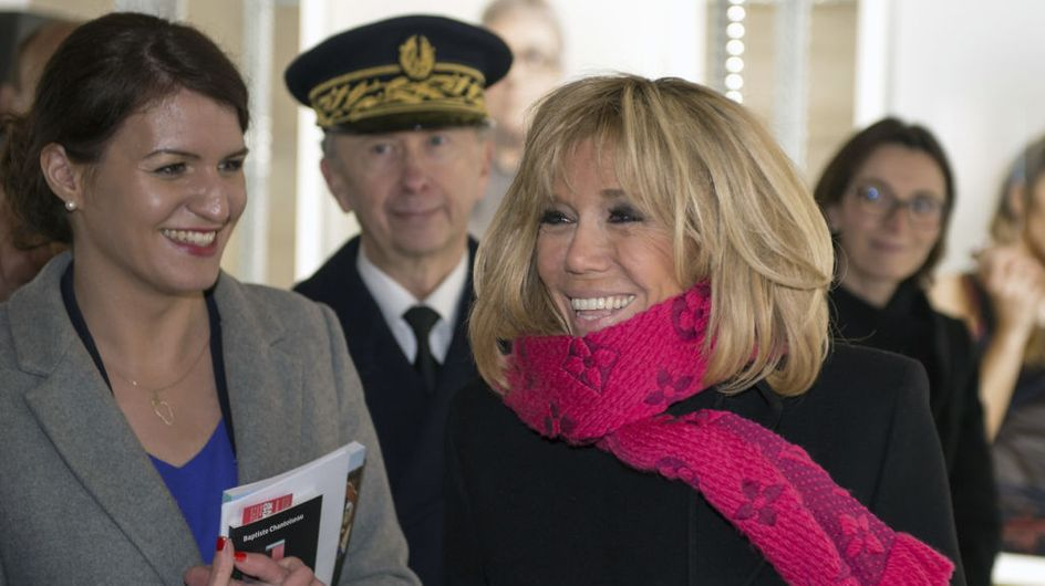 """Excédée, Marlène Schiappa dénonce les """"vidéos ordurières"""" qui circulent sur Brigitte Macron"""