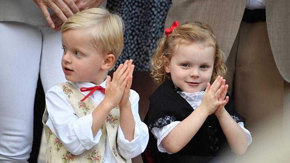 Les jumeaux Jacques et Gabriella de Monaco tellement mignons pour leur retour à l'école