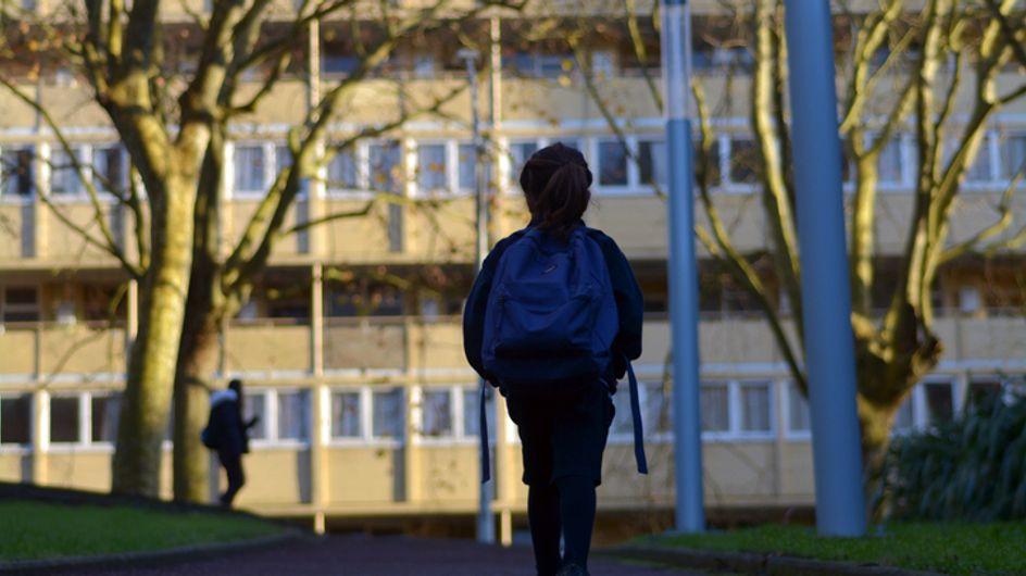 Le gouvernement envisagerait de couper les allocations aux parents des élèves violents