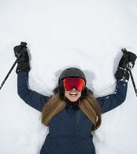Los accesorios imprescindibles para principiantes del esquí