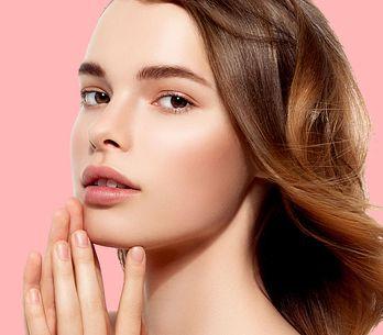 Glatte Haut dank Hyaluronsäure? Das steckt hinter dem Wundermittel