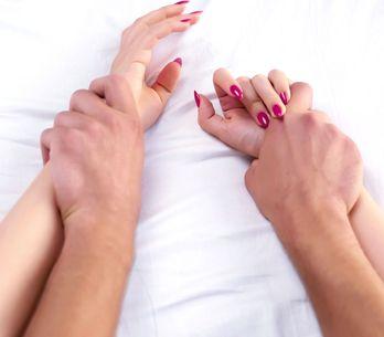 Bei diesen 10 heißen Sexstellungen übernimmt ER die Führung