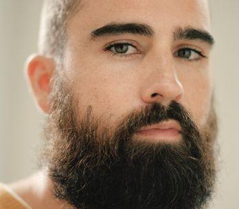 Coup de cœur : Vous allez tomber sous le charme du chanteur Hugo Barriol