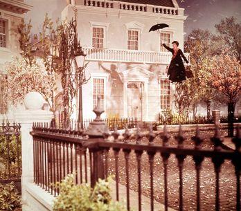 Quanto conosci Mary Poppins? Film, libri e contenuti speciali