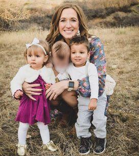 Elle apprend que ses bébés adoptés séparément sont en réalité frère et soeur