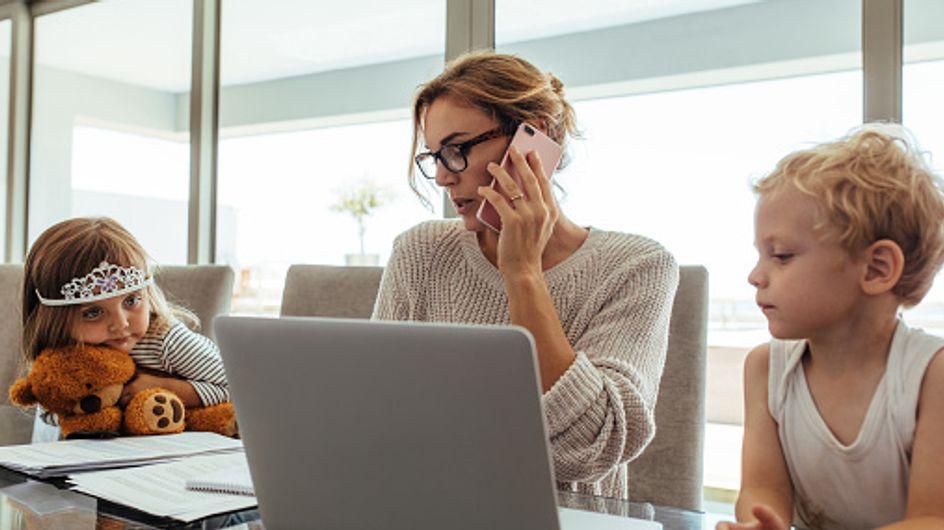 Les mamans qui travaillent et qui ont deux enfants seraient 40% plus stressées que les autres