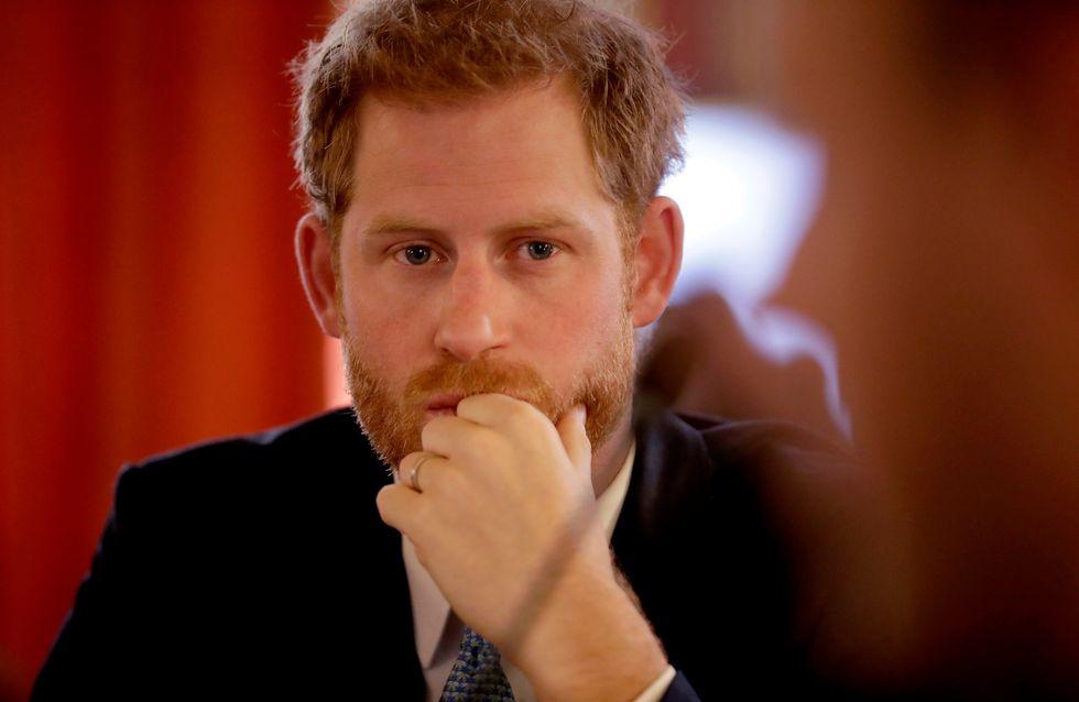 Le Prince Harry évoque le décès de la princesse Diana avec un orphelin et leur discussion est poignante