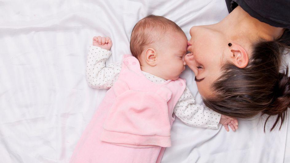 Stillkissen: Deshalb sollte jede Mama eins besitzen