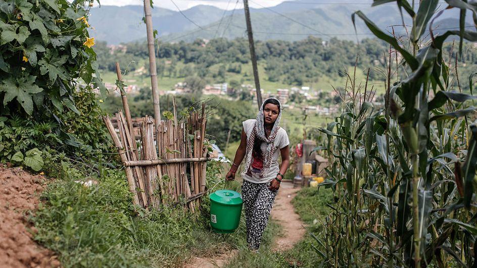 """Le Népal prié de bannir au plus vite les """"huttes de menstruation"""" après un nouvel accident mortel"""