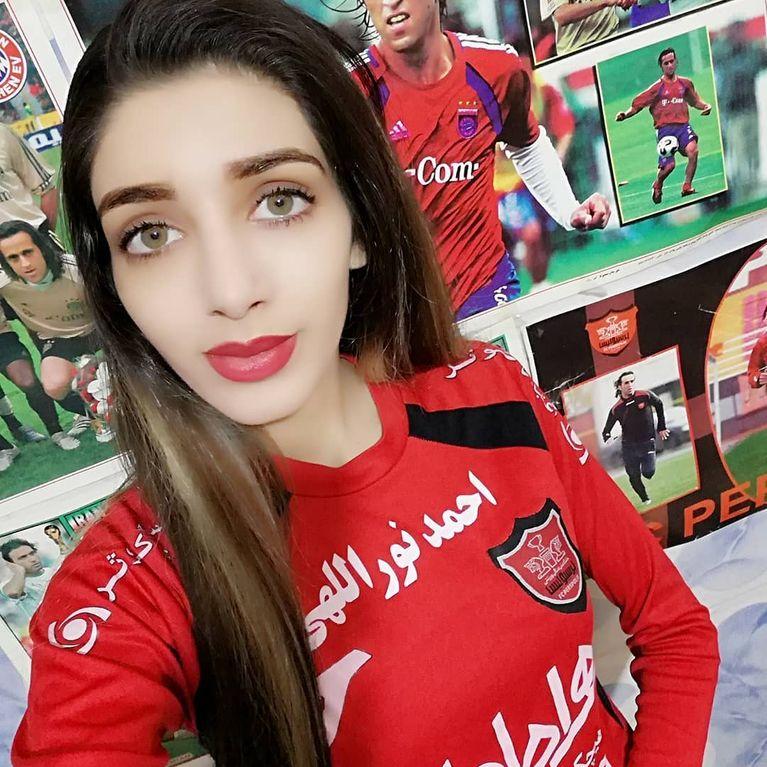 iranien adolescent sexe maigre rousse pipe
