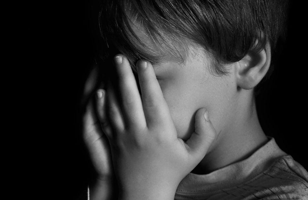 Maison de l'horreur : 4 enfants retrouvés affamés, enfermés dans des cages et couverts d'excréments