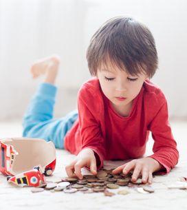 Kindern sparen beibringen: 7 Tricks, die spielerisch funktionieren