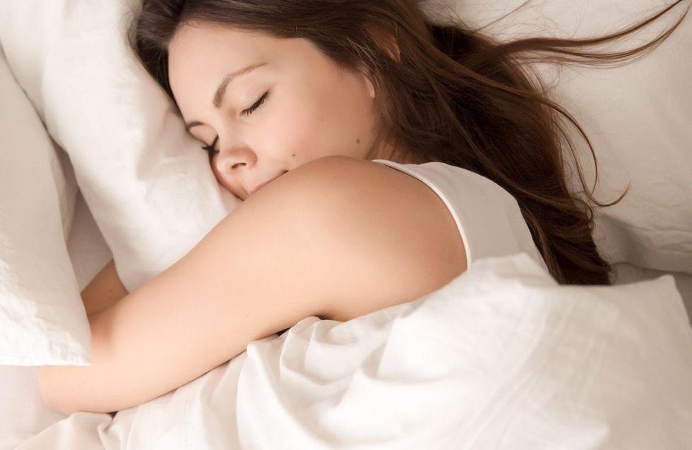 Posizione fetale: qual è il significato in psicologia del dormire in questa posizione?