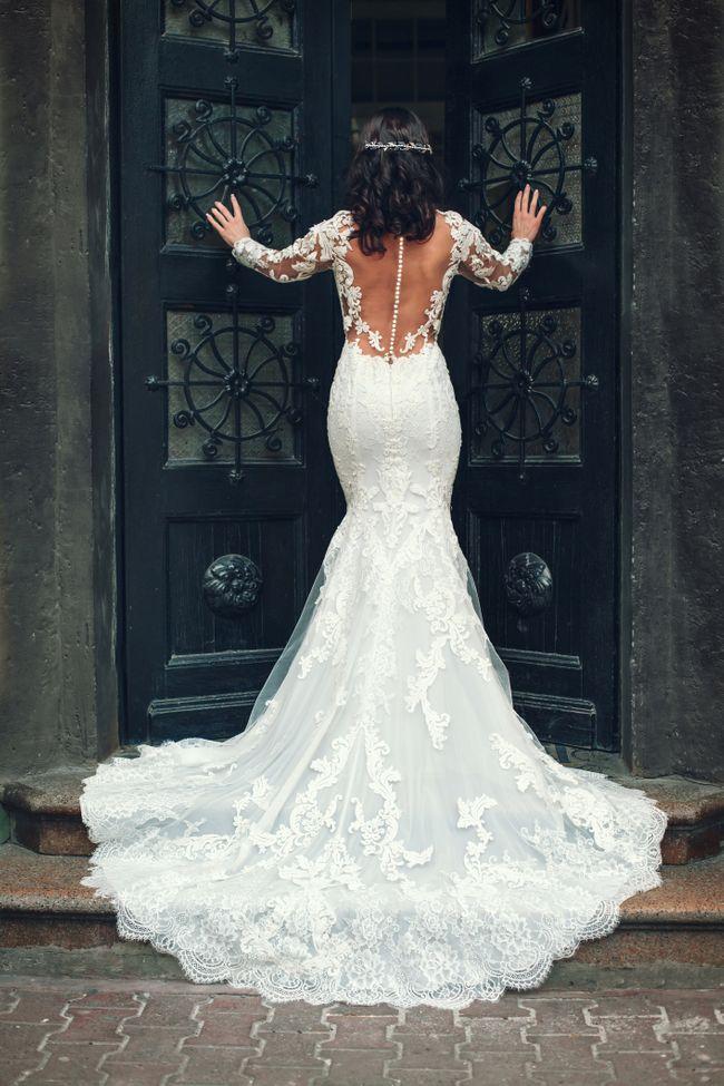 5bc92684791f Come scegliere l abito da sposa in base alle forme del corpo
