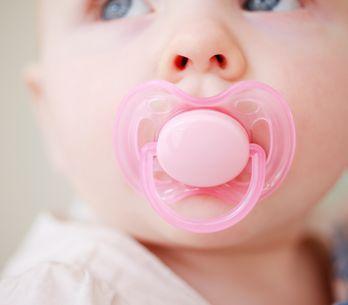 Ciuccio neonato: quale scegliere?