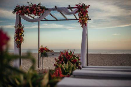 Composizioni floreali per matrimonio in spiaggia