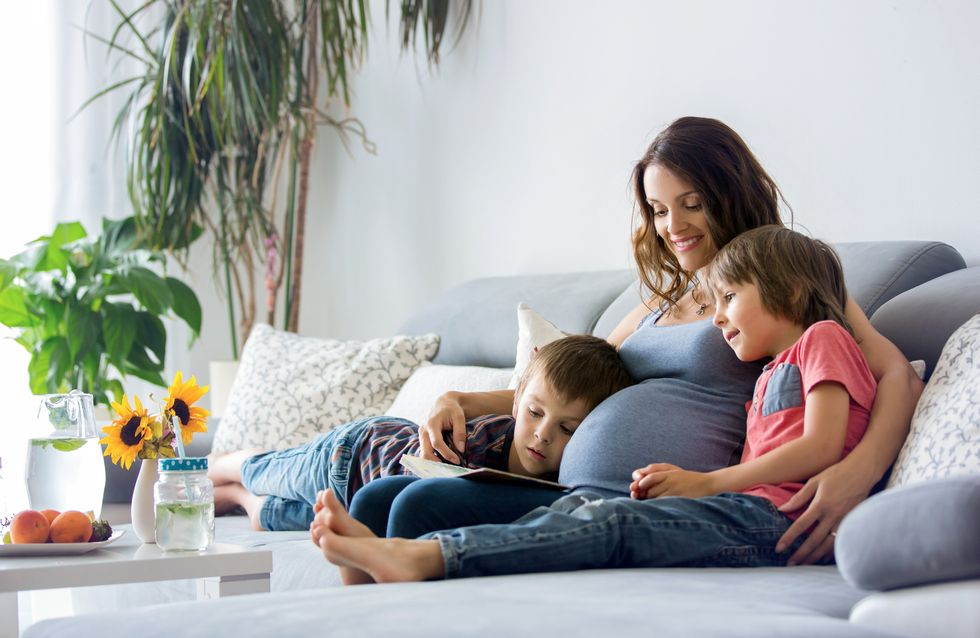 Zum Weltfrauentag: 4 Bücher, die ihr mit euren Kindern lesen müsst