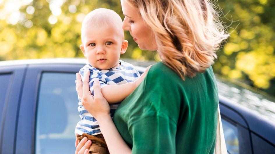 Autofahren mit Baby: 4 Tipps, damit ihr sicher ans Ziel kommt