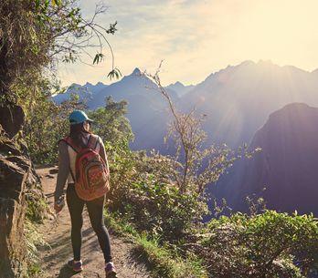 ¿Cuáles son los beneficios del senderismo?