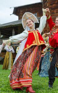 Les tenues traditionnelles de la mariée selon les pays