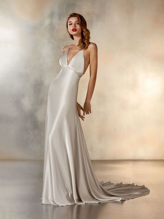 Ladder, Pronovias