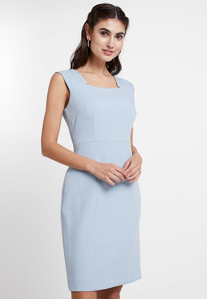 Kleid von Zalando, 254,95 Euro