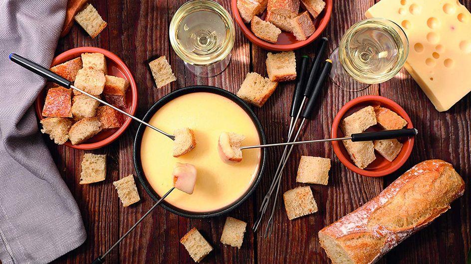 Les ustensiles et appareils que tout fondu de fromage se doit d'avoir !
