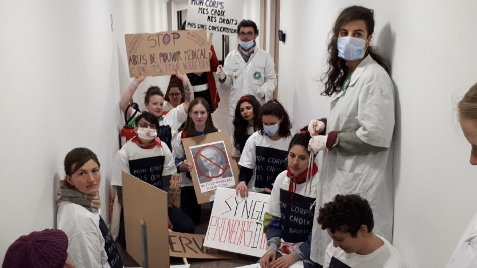 Suite aux menaces du Syngof contre l'IVG, elles exigent la radiation des gynécologues concernés (vidéo)