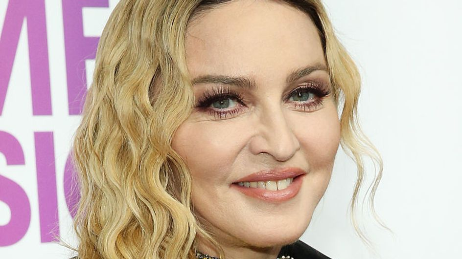 Madonna publie une vidéo trop mignonne de ses jumelles en train de chanter et elles ont bien grandi