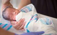 Jumeau parasite : en Colombie, un bébé naît avec le fœtus de sa soeur en lui