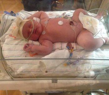 Cette maman accouche d'un bébé de presque 7 kg
