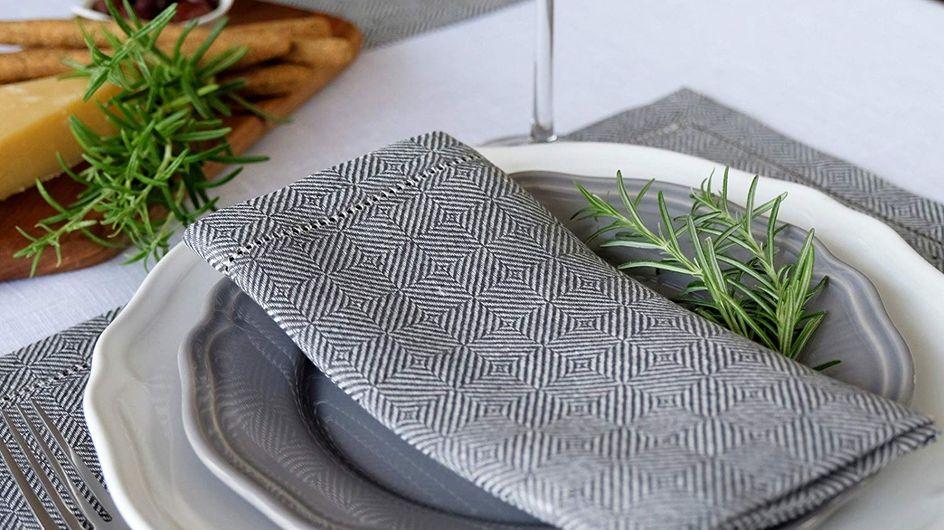 Les plus belles serviettes de table et leurs ronds de serviettes