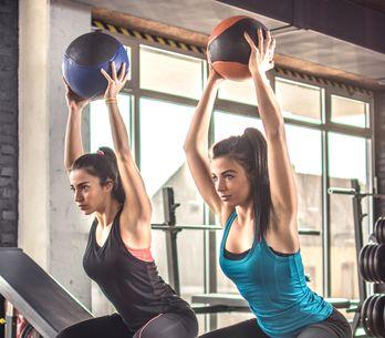 Entrena cuando y donde quieras: ejercicios funcionales para hacer en pareja