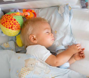 15 choses à ne JAMAIS faire avec un bébé