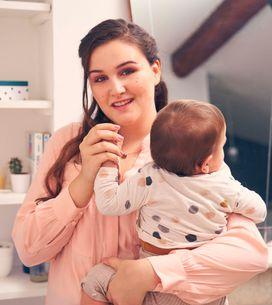 La youtubeuse Jenesuispasjolie lance un podcast engagé sur la parentalité