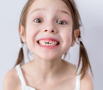 D'après une étude, garder les dents de lait de votre enfant pourrait lui sauver