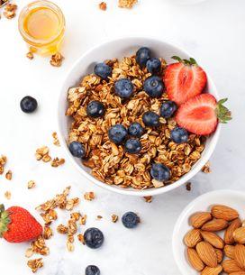 Granola selber machen: So gelingt das Knuspermüsli ohne Zucker