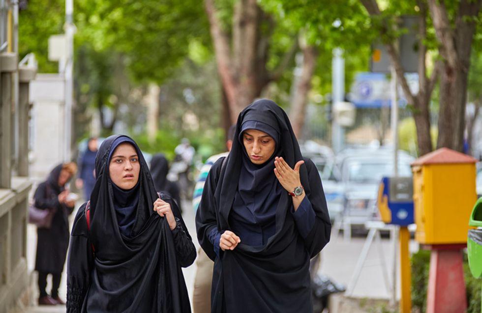 Iran : elle écope d'un an de prison pour avoir protesté contre le port du voile