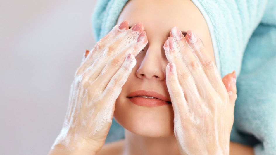 Von trocken bis ölig: Die passende Gesichtsreinigung für jeden Hauttyp