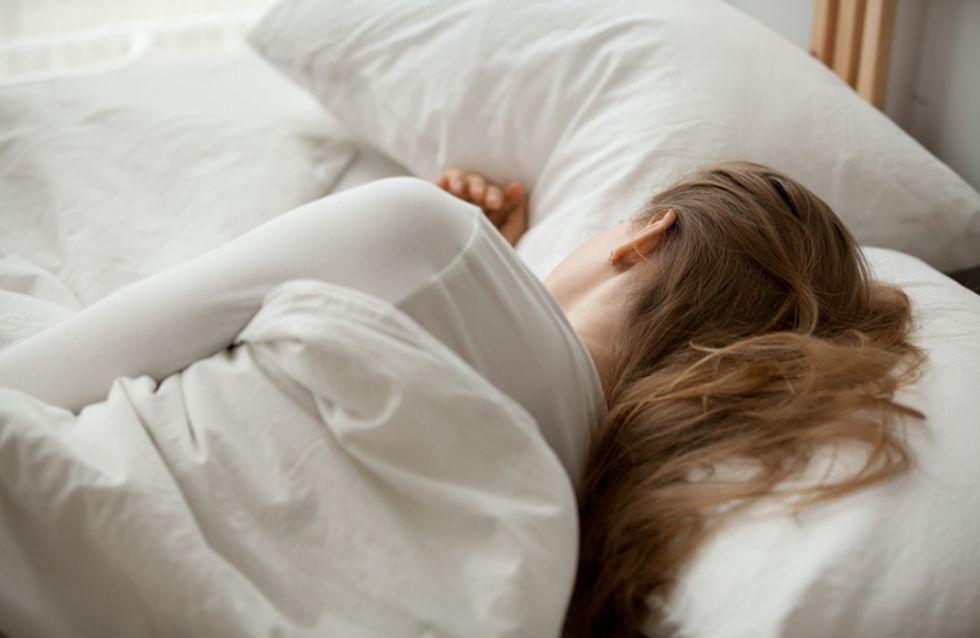 Une étudiante se réveille avec un agent du Crous à côté de son lit