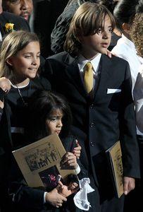 Michael Jackson, une rare photo de Blanket, son dernier fils, qui a bien changé !