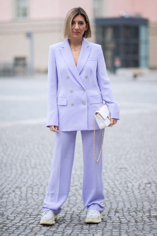 Fashion-Profis tragen Pastell jetzt von Kopf bis Fuß