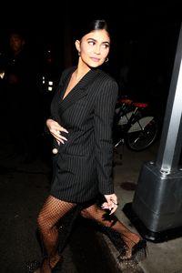 Kylie Jenner audacieuse avec un look aussi chic que surprenant