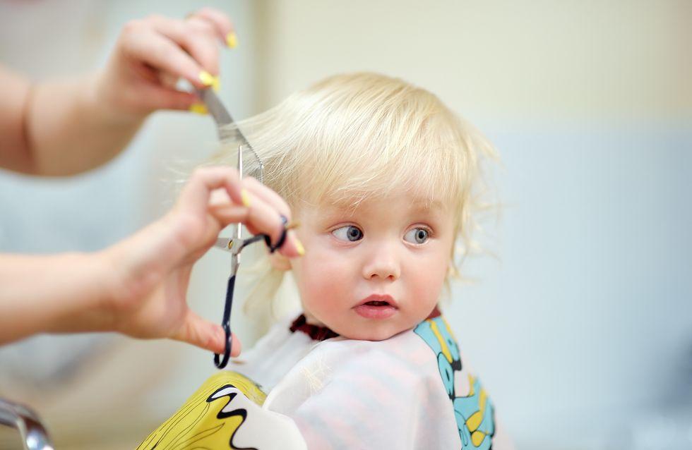 Babys erster Haarschnitt: 5 Tipps für den Besuch beim Friseur