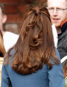 Kate Middleton virulemment critiquée sur Internet à cause de ses cheveux blancs