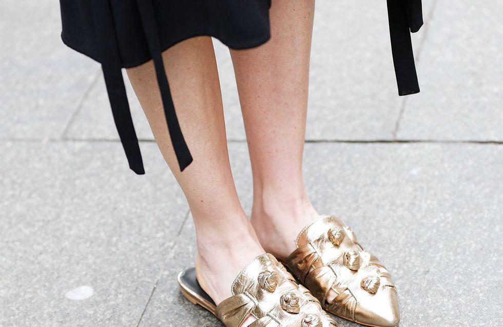 Mules kombinieren: So tragen modische Frauen die Trendschuhe