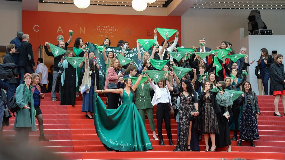 Les foulards verts envahissent la Croisette pour défendre le droit à l'avortement