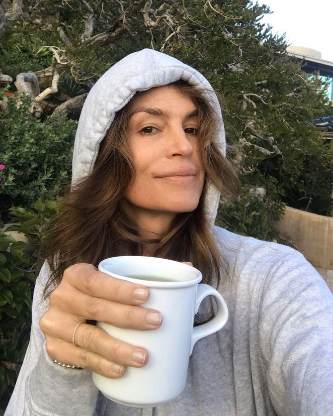 On adore ! Cindy Crawford sublime sans maquillage sur Instagram