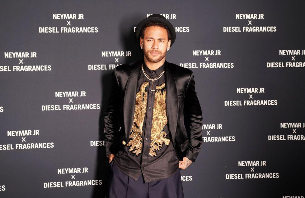 Le footballeur Neymar accusé de viol, il se défend sur Instagram